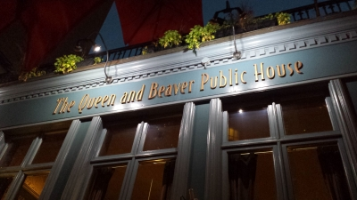 The Queen and Beaver Public House